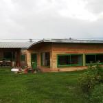 maison aux toitures courbes