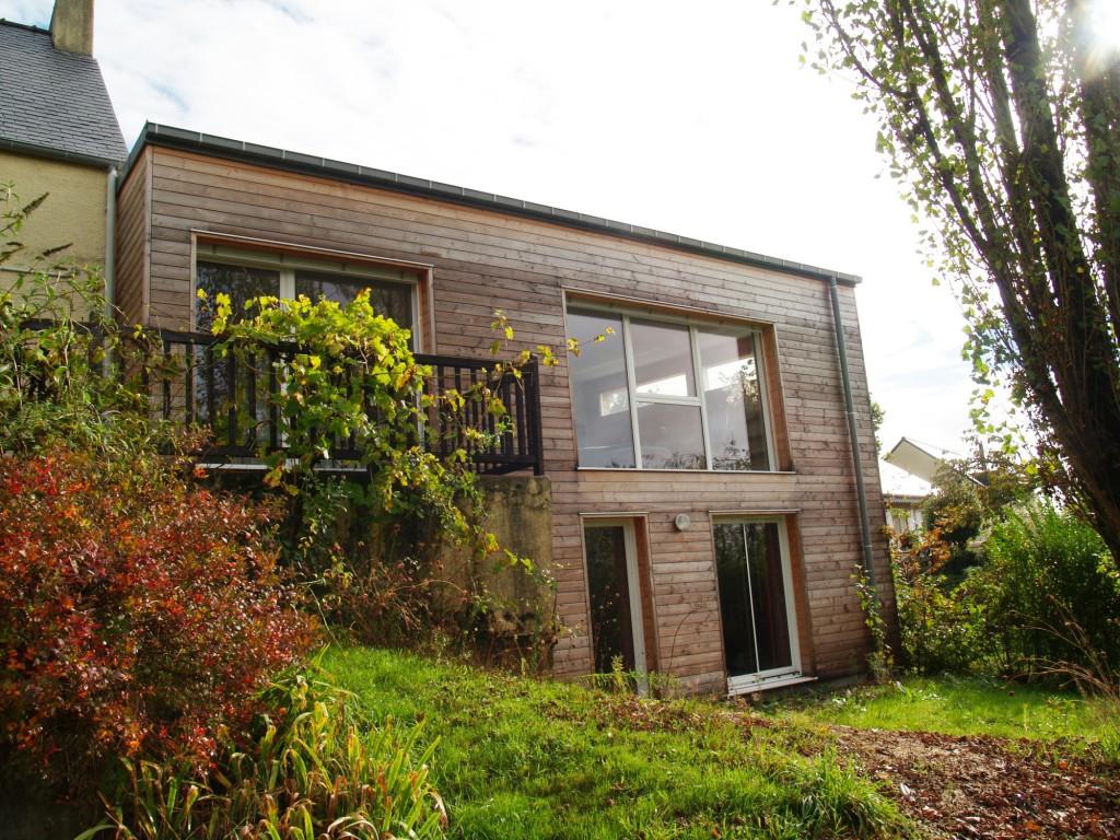 Extension d 39 un petit pavillon sur 1 terrain en pente vers for Orientation maison sur terrain